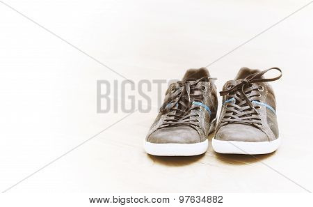 Brown Sneakers With White Bottom
