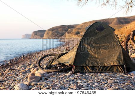 Stay In A Tent With A Bicycle
