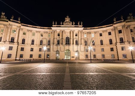 berlin at night, humboldt university historical facade