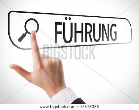 Leadership (in German) written in search bar on virtual screen