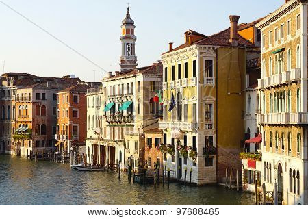 Viewpoints Grand Canal From Rialto Bridge