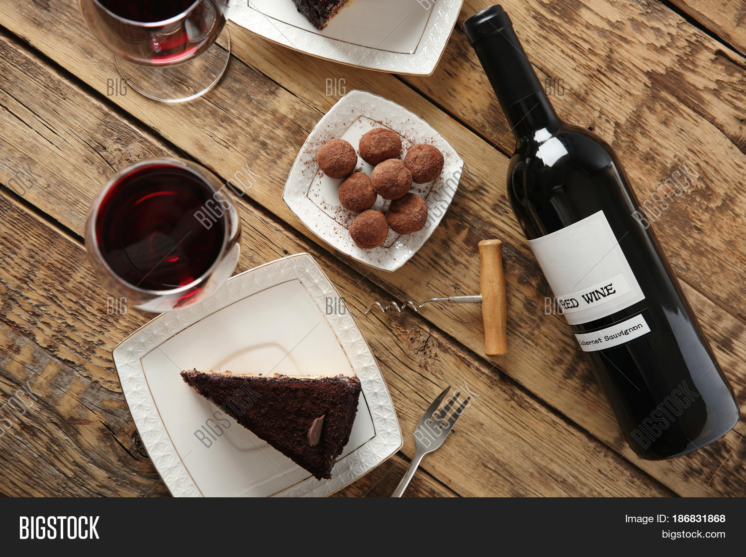 Chocolate Red Wine Cake Tasty
