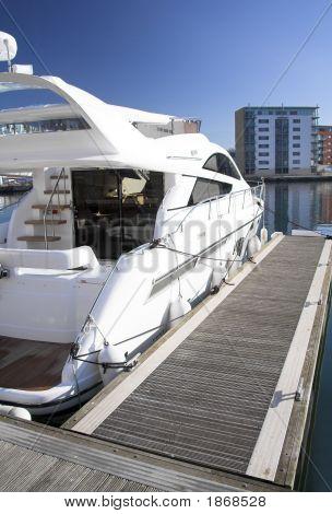 Luxury Cruiser