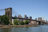 picture of brooklyn bridge  - Brooklyn Bridge and Manhattan skyline on a Clear Blue day - JPG