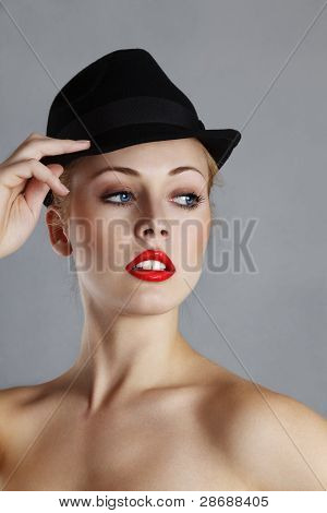 Blnd Woman In Black Hat
