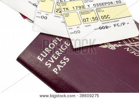 Pass- und Bordkarte, isolated on white