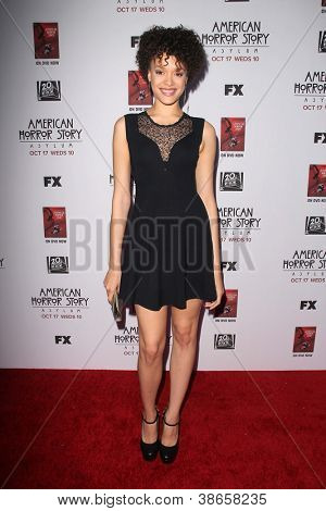 LOS ANGELES - OCT 13:  Britne Oldford arrives at the