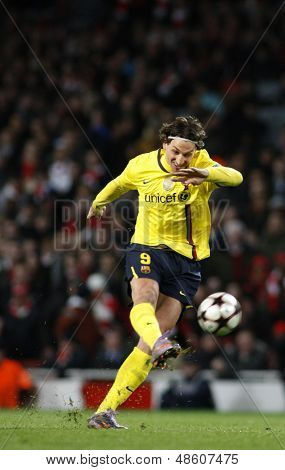 LONDON, ENGLAND. 31/03/2010. Barcelona player Zlatan Ibrahimovic in action during the  UEFA Champions League quarter-final between Arsenal and Barcelona at the Emirates Stadium