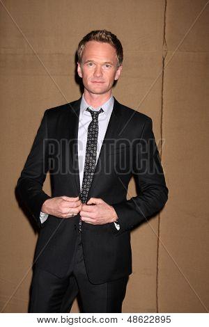 LOS ANGELES - 29 de JUL: Harris chega na festa de verão 2013 CBS TCA em l a privada
