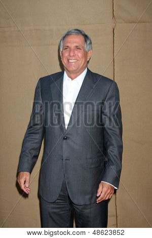 LOS ANGELES - JUL 29:  Les Moonves arrives at the 2013 CBS TCA Summer Party at the private location on July 29, 2013 in Beverly Hills, CA
