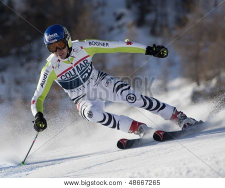 VAL D'ISERE FRANCE. 11-12-2010. NEUREUTHER Felix (GER)  speeds down the course during  the FIS alpine skiing world cup giant slalom race on the Bellevarde race piste Val D'Isere.
