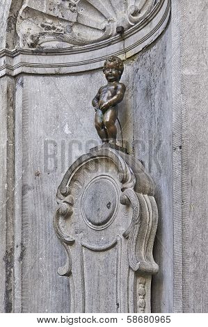 Brussels, Belgium - Fevrier 2:  Manneken Pis Statue In Brussels On February 2, 2014 In Brussels.