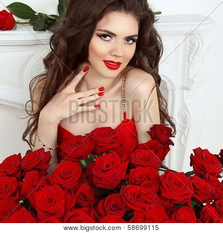 Valentine Portrait Of Beautiful Brunette Woman With Red Roses Bouquet, Valentines Day. Manicured Nai