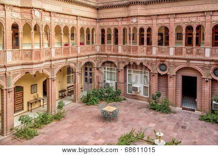 Hotel In Bikaner