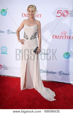 LOS ANGELES - JUL 19:  Jenna Elfman at the 4th Annual Celebration of Dance Gala at Dorothy Chandler Pavilion on July 19, 2014 in Los Angeles, CA