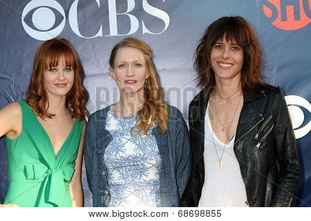 LOS ANGELES - JUL 17:  Ambyr Childers, Paula Malcomson, Kate Moenning at the CBS TCA July 2014 Party at the Pacific Design Center on July 17, 2014 in West Hollywood, CA