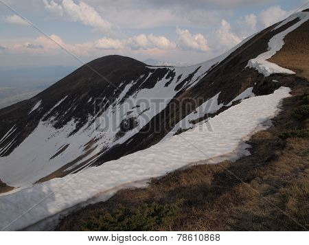 Carpathian mountains 10 under snow in spring