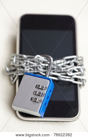 mobile phone with padlock