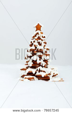 The Hand-made Eatable Gingerbread New Year Tree With Snow Decoration