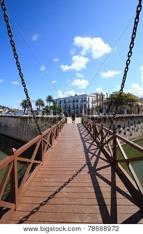 Bridge to the castillo de la Real Fuerza