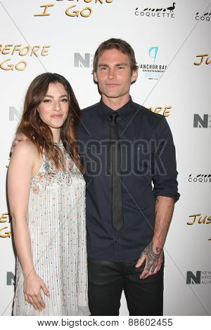 LOS ANGELES - FEB 20:  Olivia Thirlby, Seann William Scott at the