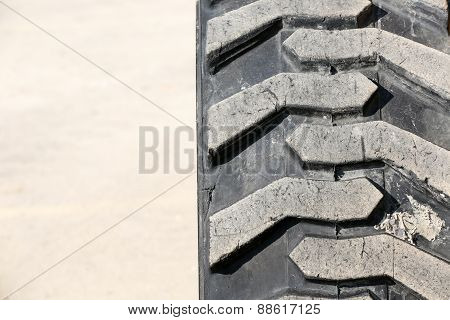 Heavy-duty tire, closeup