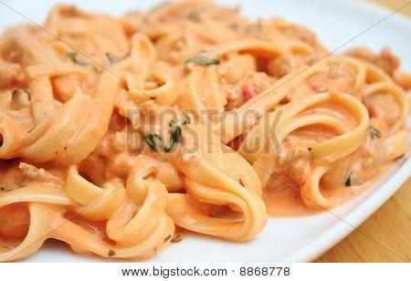 Creamy Fettucine Pasta