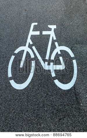 marking a bike trail in linz, austria, safety and traffic control