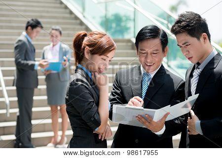 Vietnamese Businesspeople