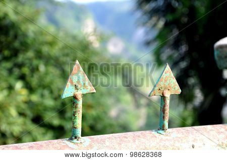 pointed arrows