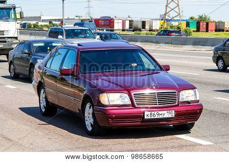 Mercedes-benz W140 S-class