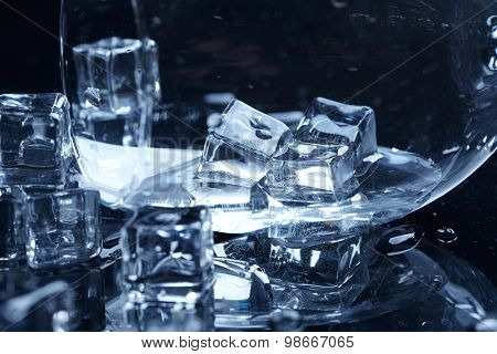 wet ice cubes