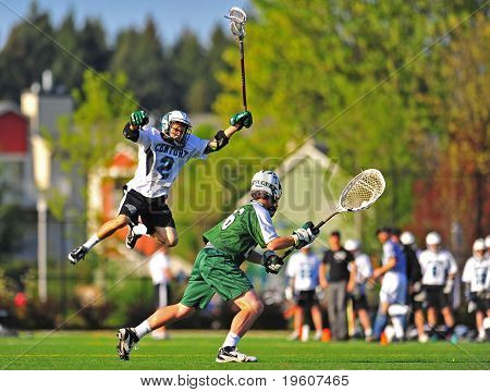 Lacrosse blocking goalie