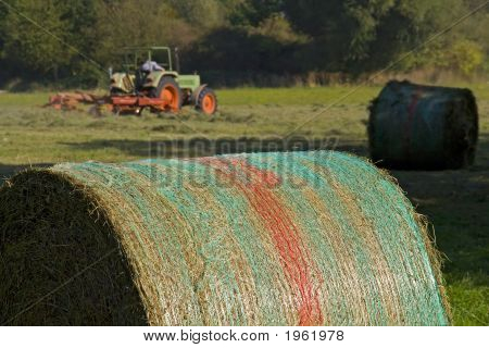 Mowing, Hay Bale
