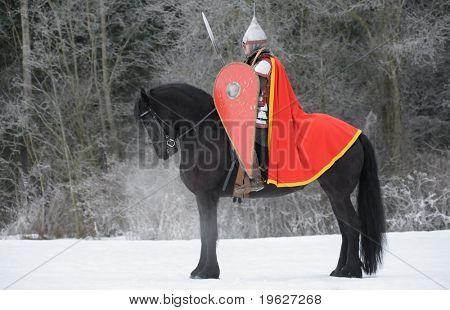 slawischen Waywode auf friesische schwarzes Pferd