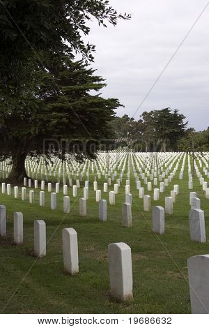 National cemetery gravemarkers
