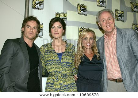 SAN DIEGO, CA - JULY 23: Actors (l-r) Michael C. Hall, Jennifer Carpenter, Julie Benz & John Lithgow at a press conference during Comic Con International held July 23, 2009 in San Diego, CA.