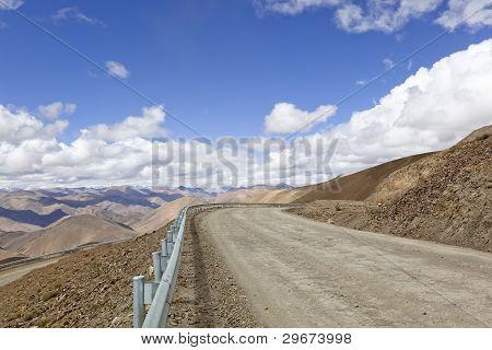 tibet: mountain road