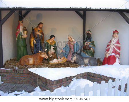 Snowy Manger Scene