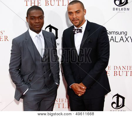 NEW YORK-AUG 5: Actors David Oyelowo (L) and Jesse Williams attend the premiere of Lee Daniels'