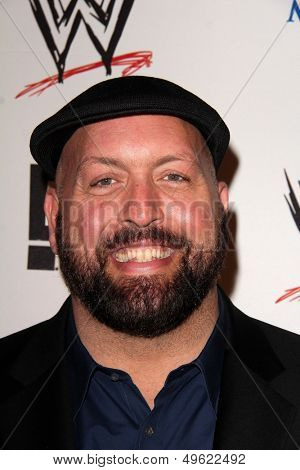 LOS ANGELES - AUG 15:  Big Show at the Superstars for Hope honoring Make-A-Wish at the Beverly Hills Hotel on August 15, 2013 in Beverly Hills, CA