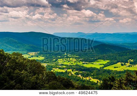 View Of The Shenandoah Valley From Skyline Drive In Shenandoah National Park, Virginia.