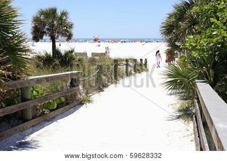 Siesta Beach Entrance