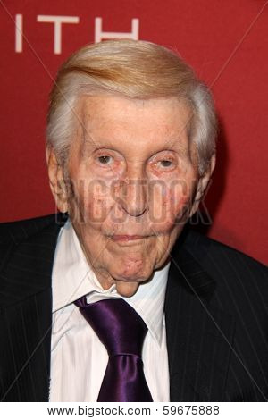 LOS ANGELES - FEB 10:  Sumner Redstone at the The Hollywood Reporter's Annual Nominees Night Party at Spago on February 10, 2014 in Beverly Hills, CA