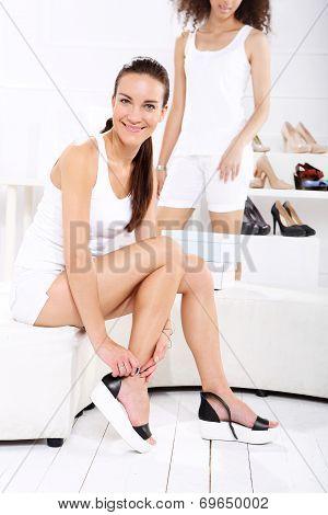 Sale, Women buy shoes