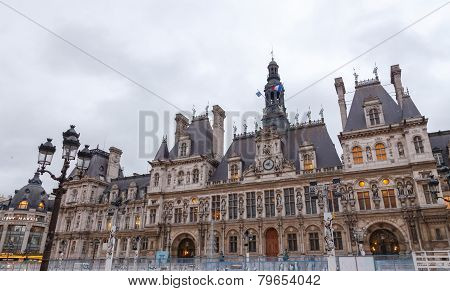 Paris. Hotel-de-ville (city Hall).