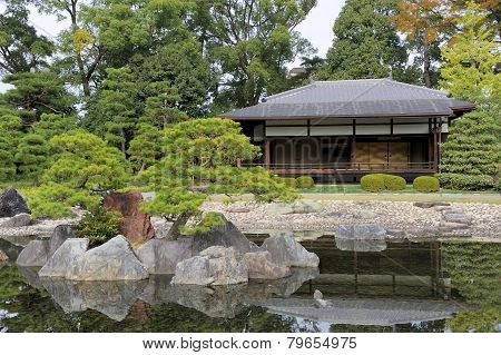 The Ninomaru Garden