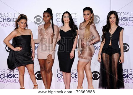 LOS ANGELES - JAN 07:  5th Harmony arrives to the People's Choice Awards 2014  on January 7, 2015 in Los Angeles, CA