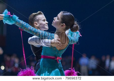 Lukashov Nikita and Kruisberg Sandrina perform Juvenile-1 Standard European program