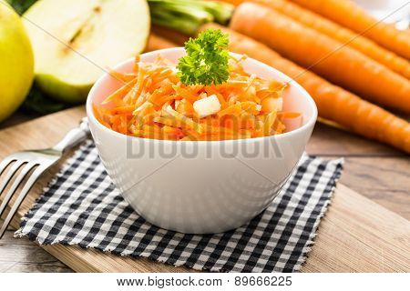 Carrot Salad With Apples